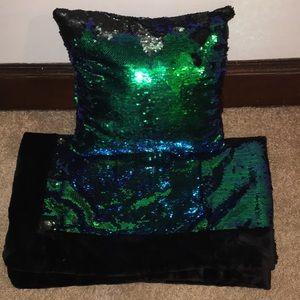 FLIP SEQUINS throw blanket & pillow set